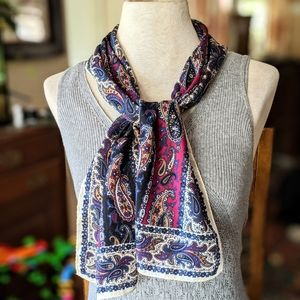 Accessories - 💙 Navy Paisley Scarf #hundredsofscarves